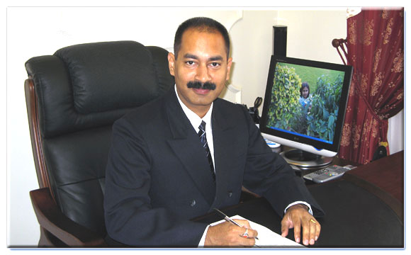 Foreign adviser to chancellor of SSMA and Director of «Cosmos Educational Consultants»: Dr. Alok Aeron in his office